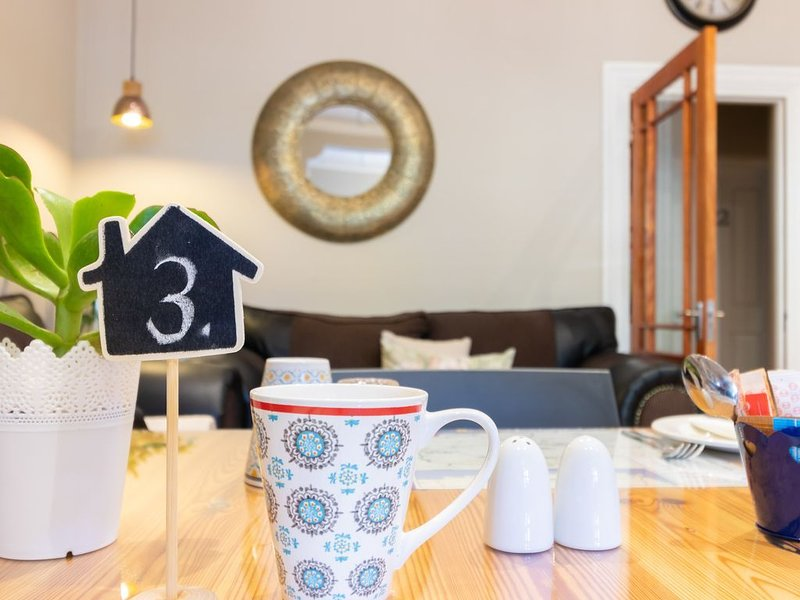 De Akker Guest House - Family, Ferienwohnung in Oudtshoorn