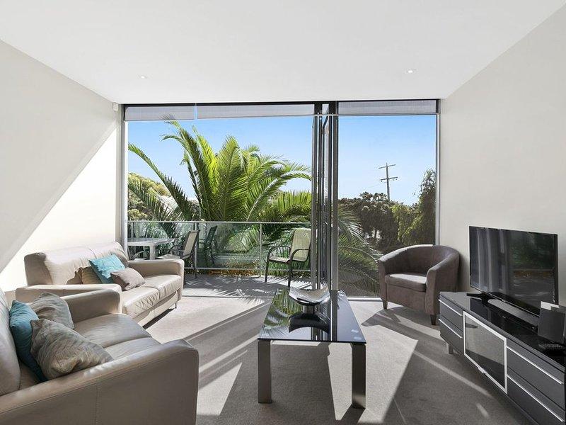 Property ID: 023TQ010, holiday rental in Bells Beach
