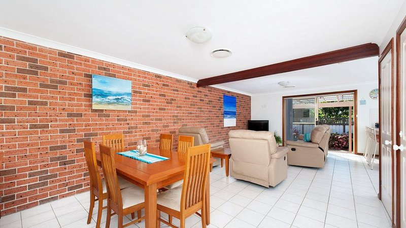 Little Rocky * Fingal Bay, vacation rental in Fingal Bay