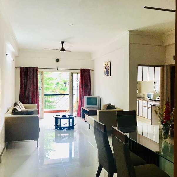 Entire 2 BHK APARTMENT 'Celebrations  Home Stay', aluguéis de temporada em Kochanahalli