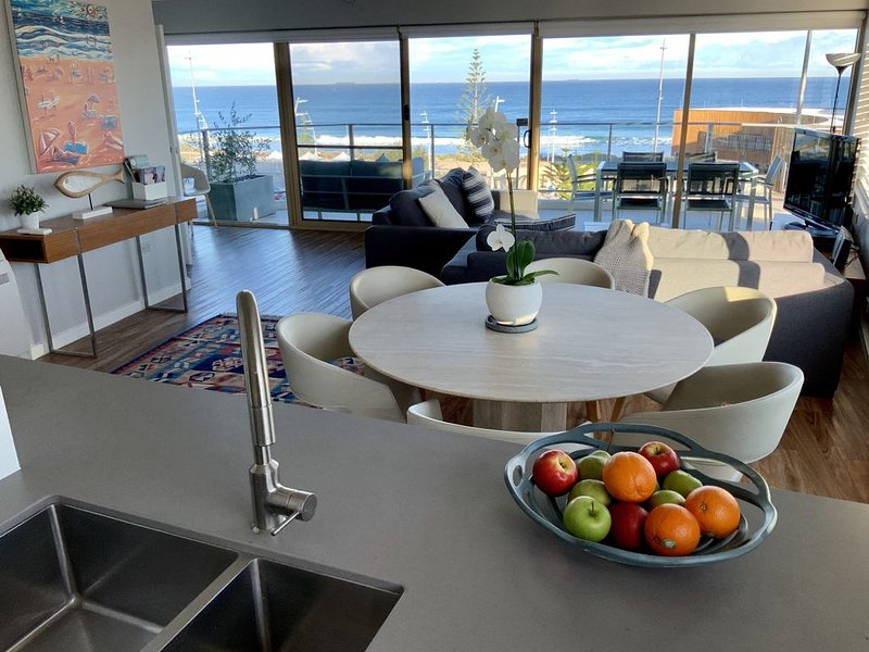 Beach Break - On Scarborough Beach, vacation rental in Greater Perth