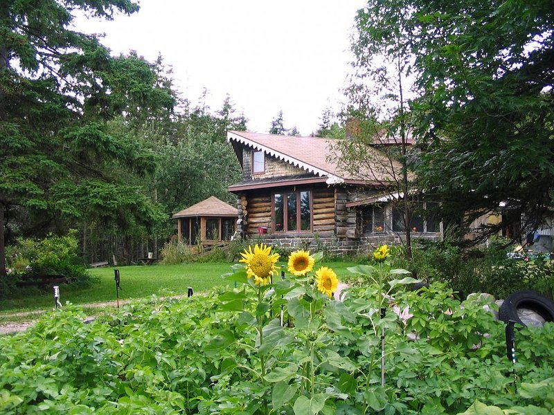 FieldStone Garden - Private & Peaceful, vacation rental in Cape Breton Island