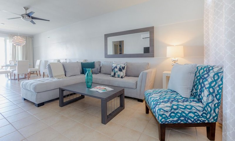 Blue Skies Villa | Garden Terrace | BBQ | Pool, vacation rental in Yabucoa