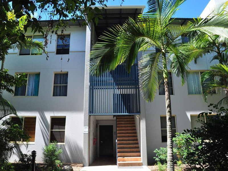 32/15 Rainbow Shores - Unit overlooking bushland with shared swimming pool, spa – semesterbostad i Gympie Region