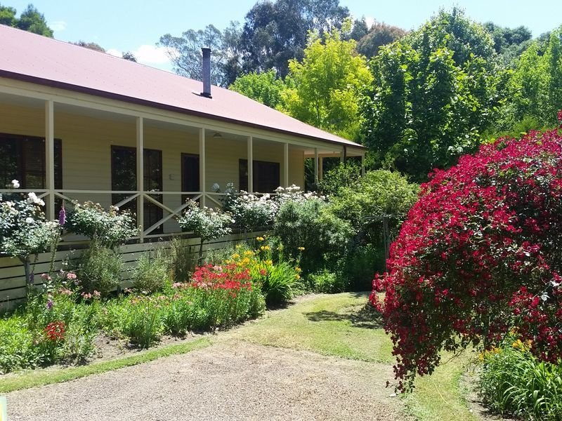 Buxton Gardens by the RIver – semesterbostad i Narbethong