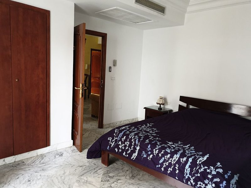 Confort and perfect location, holiday rental in La Marsa