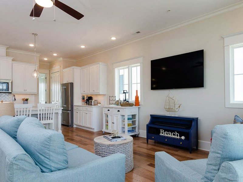 Be One Of The First To Experience This Newly Built Luxury Townhome!, holiday rental in Wrightsville Beach
