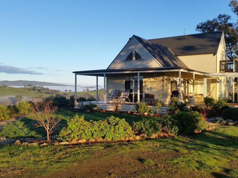Escape the City Country Serenity, holiday rental in Alexandra