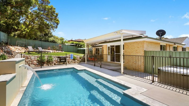 Sun Sea Surf * Terrigal Beach, holiday rental in Ourimbah