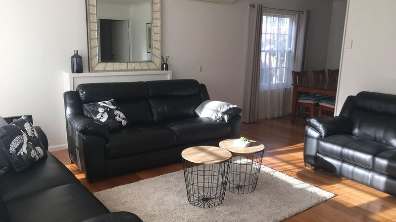 Presidents Ave Beach House, holiday rental in Ocean Grove