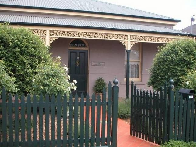 Hyacinth House self contained cottage, vacation rental in Kangaroo Flat