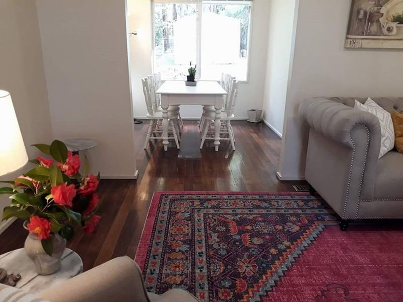 Gum Tree View - Welcoming Quiet Getaway Near Boutique Shops, holiday rental in Tarrawarra