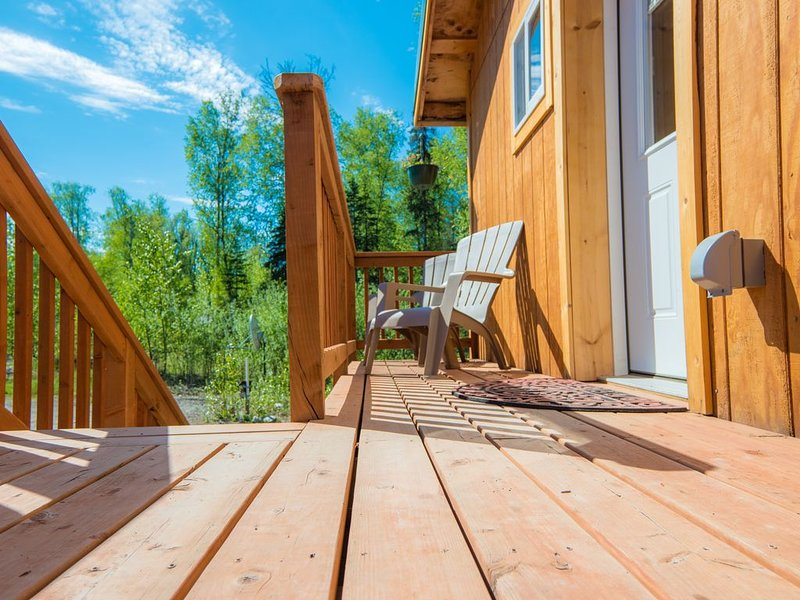 Love-Lee Cabins (#3) offers all of the amenities to make it your 2nd home!, alquiler vacacional en Trapper Creek