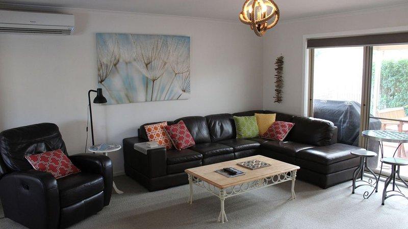 Seabreeze Cottage Ocean Grove, vacation rental in Wallington