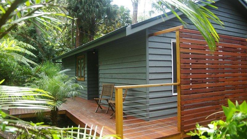 Smiths Lake Retreat - located at Smiths Lake, location de vacances à Boolambayte