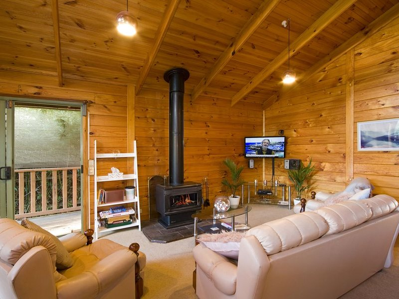 Escape to a special place in time where you can truly relax, vacation rental in Kennett River
