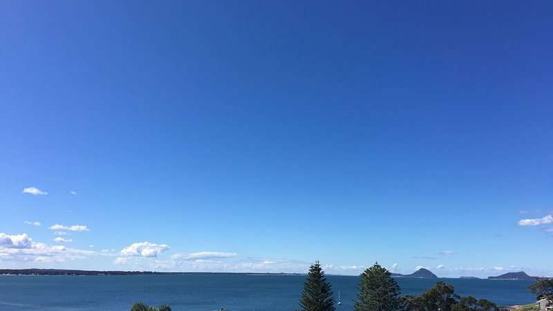 Views on Vista: Best Views in all of Port Stephens, casa vacanza a Port Stephens