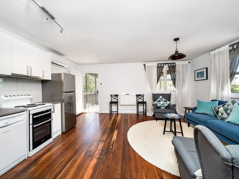 'Surf' - hosted by North Coast Lifestyle Properties, holiday rental in The Pocket