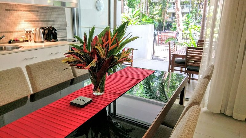 Drift Private Apartment 2107, vacation rental in Palm Cove