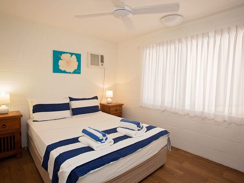 Apollo Jewel No 8 Budget Ground Floor, vacation rental in Wongaling Beach