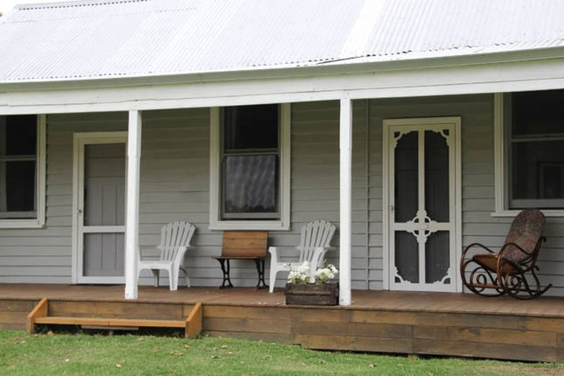 White Dog Lane Cottage Farm Stay, vacation rental in Albany