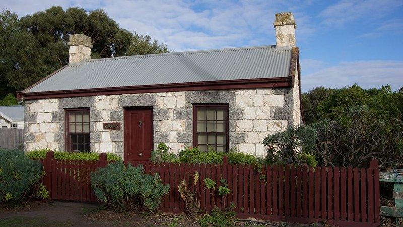 Tara Cottage1850s Bluestone Whalers Cottage, location de vacances à Port Fairy