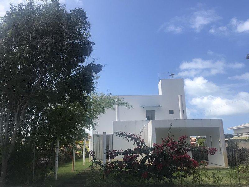 Hibiscus Casa 4 Suites, piscina, condominio fechado alto padrao praia maravilhos, alquiler vacacional en Maceio