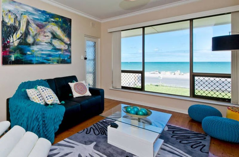Sea At Your Doorstep - Perfect Beach Holiday, casa vacanza a Glenelg