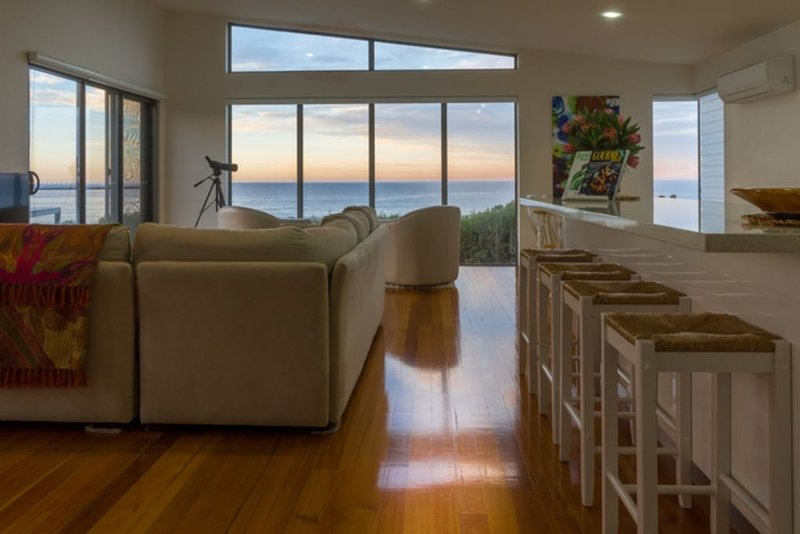 Watercolours Tasmanian East Coast Beach House, location de vacances à Beaumaris