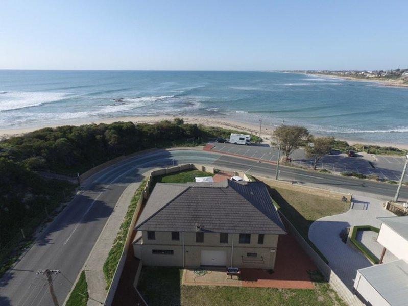 YourBeachHouse - Falcon Bay, vacation rental in Mandurah