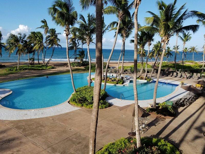 Beach Front Luxury 2BR Villa*Villa Celeste-Ocean Villas, Rio Mar, holiday rental in El Yunque National Forest
