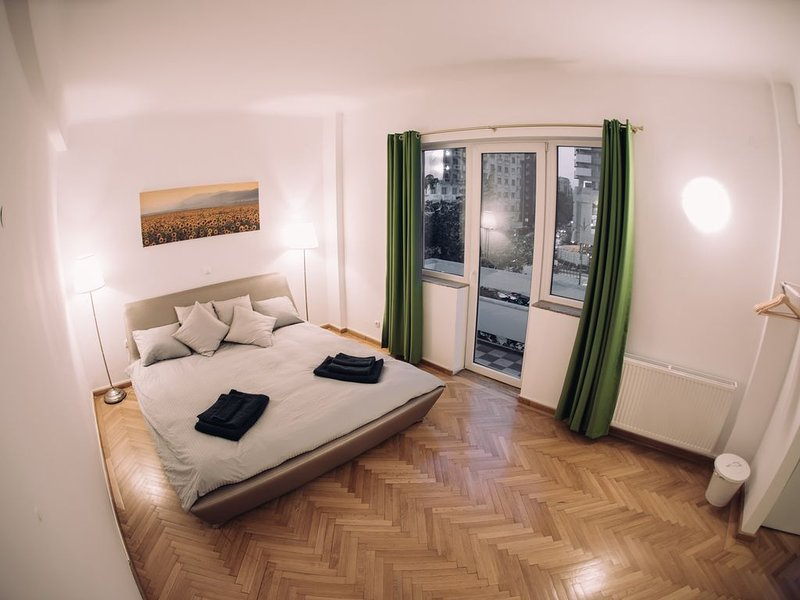 Ultracentral Sun Residences, vacation rental in Bucharest