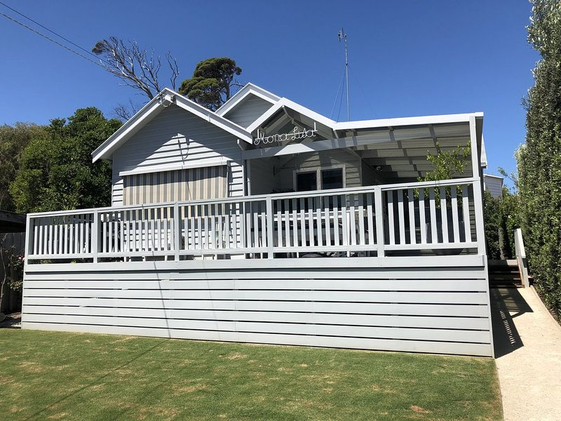 Mona Lisa on Grandview  PRIME LOCATION! Walking distance to everything!, holiday rental in Barwon Heads