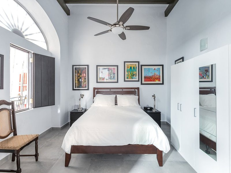 Villa Mosaico | Charming 1 Bedroom Apt. in Old San Juan, holiday rental in Toa Baja
