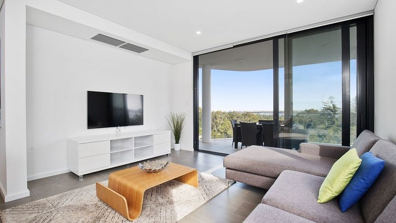Brand New Apartment South Perth Foreshore, holiday rental in South Perth