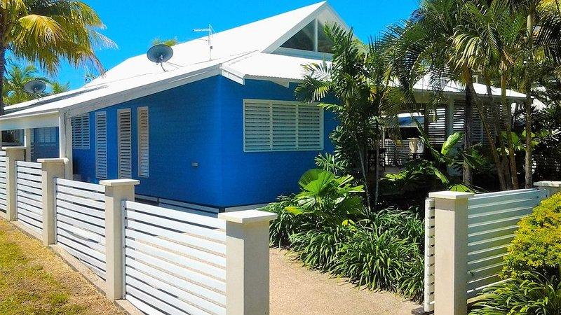 Port Hinchinbrook Beach Houses (Cassia Blue), casa vacanza a Cardwell