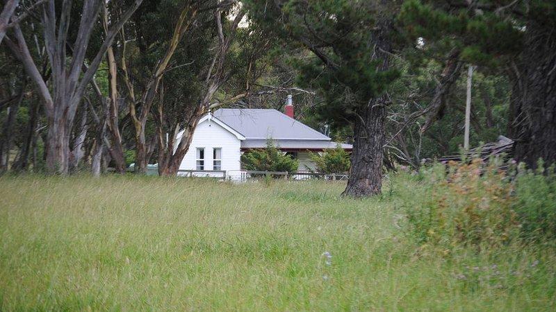 Waterloo Stockmans Cottage - historic rural property, location de vacances à Glen Innes
