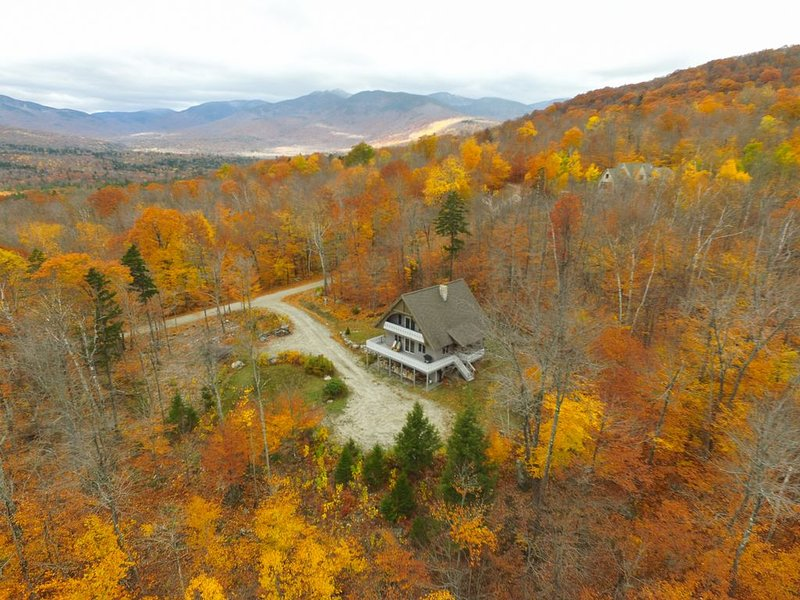 German Style Chalet in Newry Maine. Close to hiking, skiing and XC, vacation rental in Newry