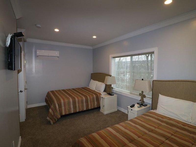 Watkins Glen 3-Bedroom Suites Unit 2, holiday rental in Elmira