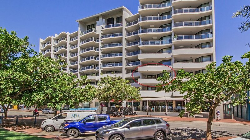 Waterfront Apartment, vacation rental in Rockingham