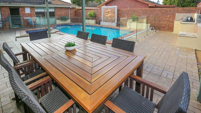 Central Haven - Pool & Resort facilities, holiday rental in Mildura