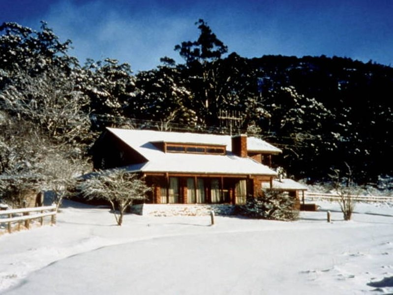 Pender Lea Chalets - The Cottage, casa vacanza a Kosciuszko National Park