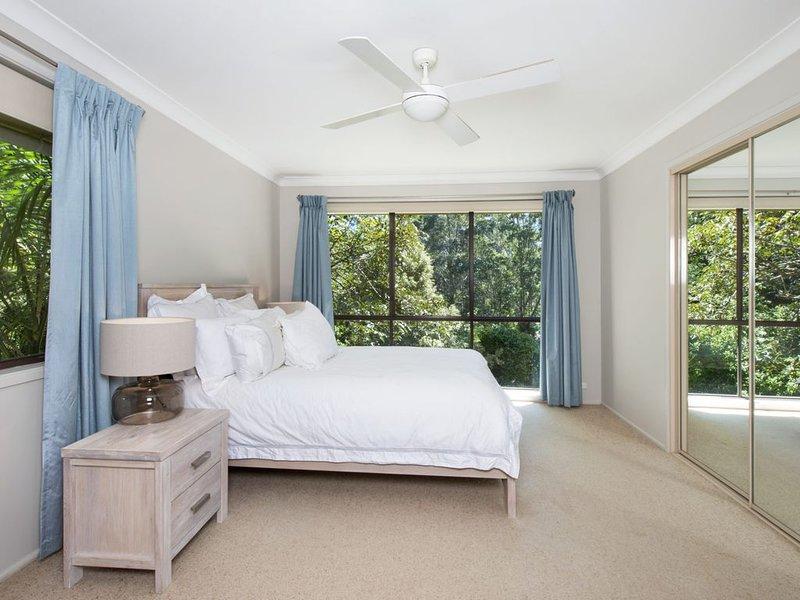 Country Cottage in Quiet location near Kangaroo Valley Village, alquiler vacacional en Bellawongarah