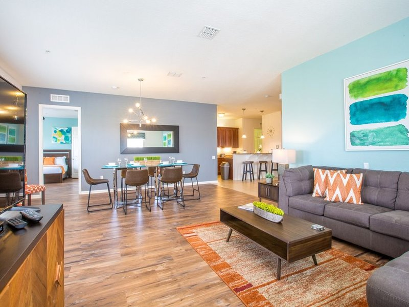 Vista Cay Luxury 4 bedroom condo Penthouse, location de vacances à Pine Castle