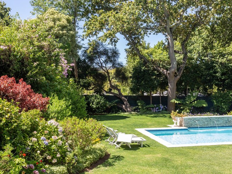 Little House Guesthouse, holiday rental in Plumstead