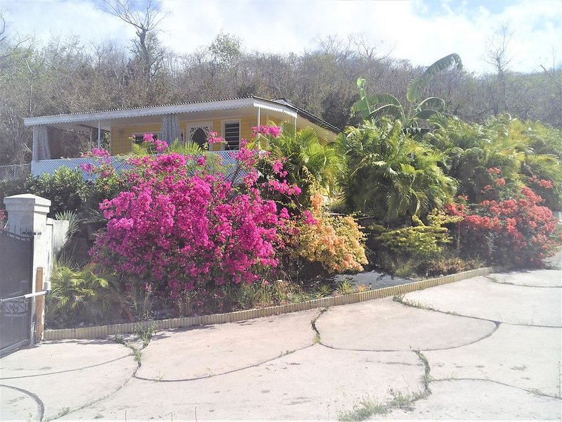 COTTAGE FOR RENT WEST INDIES VIEUX HABITANTS, vacation rental in Marigot
