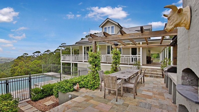 Eagles Rise - Classically Designed Country Home, holiday rental in Knights Hill