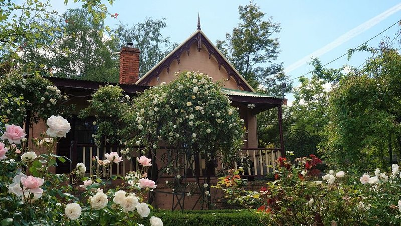 Gladstone House Beechworth, holiday rental in Stanley