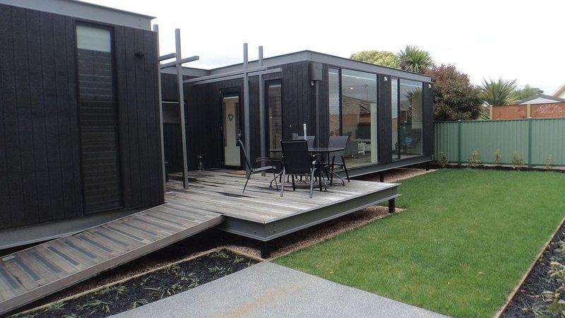 Unique contemporary home, location de vacances à Clunes