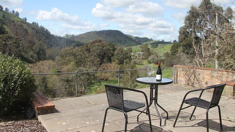 Torrens View at Cudlee Creek – semesterbostad i Adelaide Hills